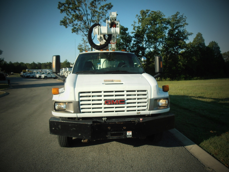 ues-bucket-truck-1406