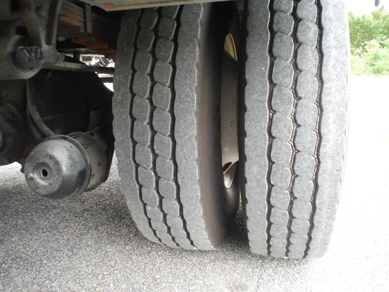 UES-bucket-truck-1449-2