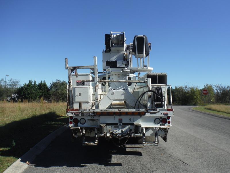UES-digger-truck-1543-2