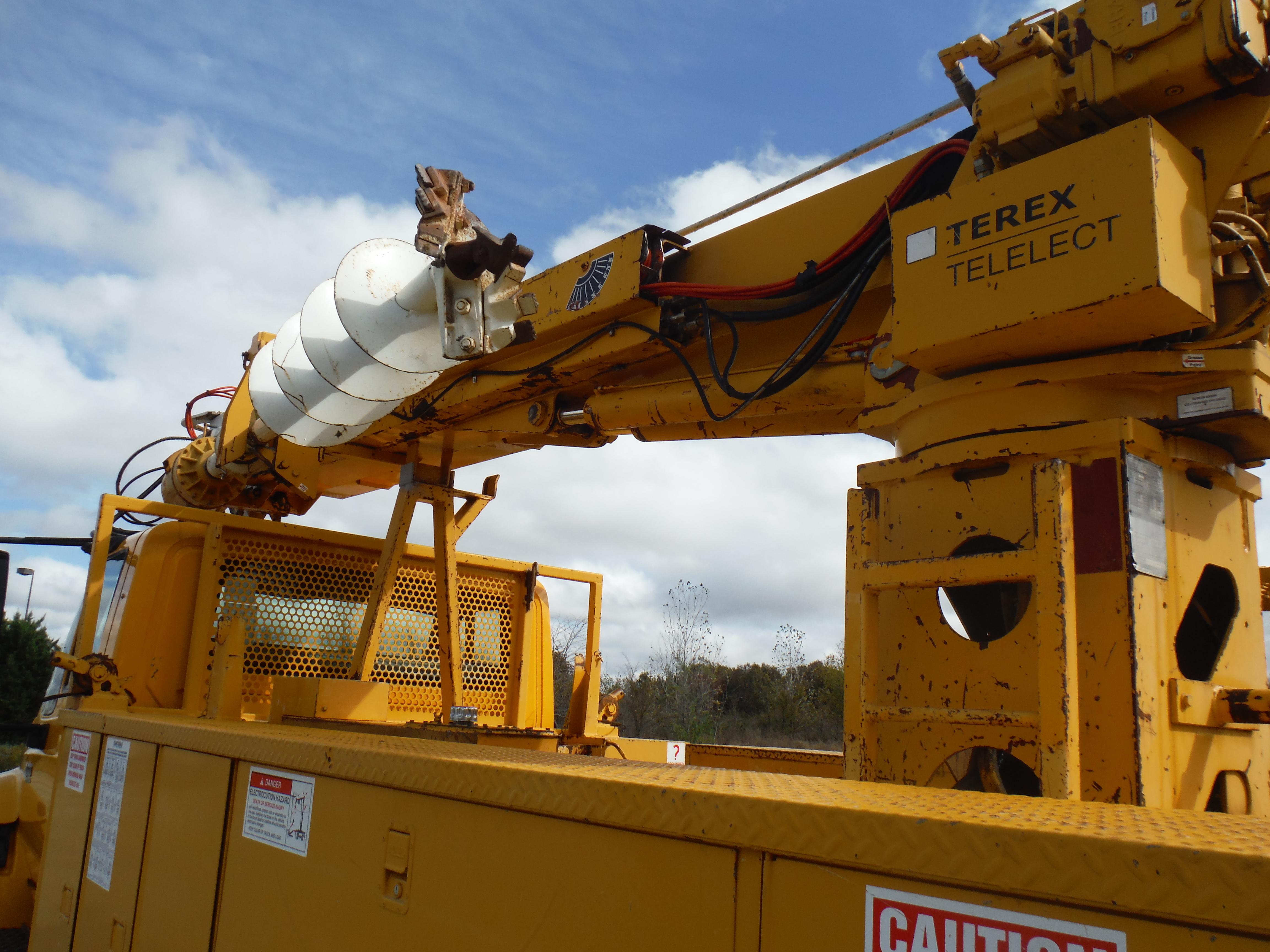 Work-Ready Trucks | Utility Equipment Service, Inc