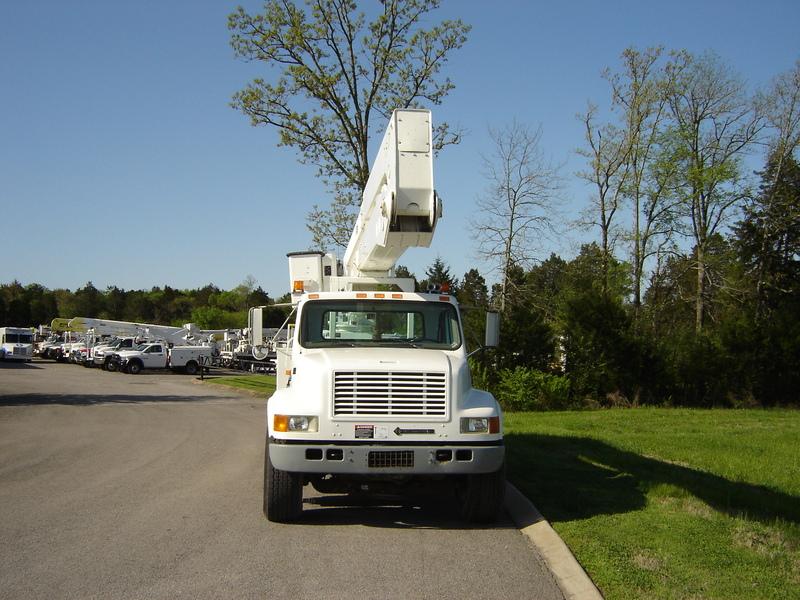 ues-bucket-truck-1390-4