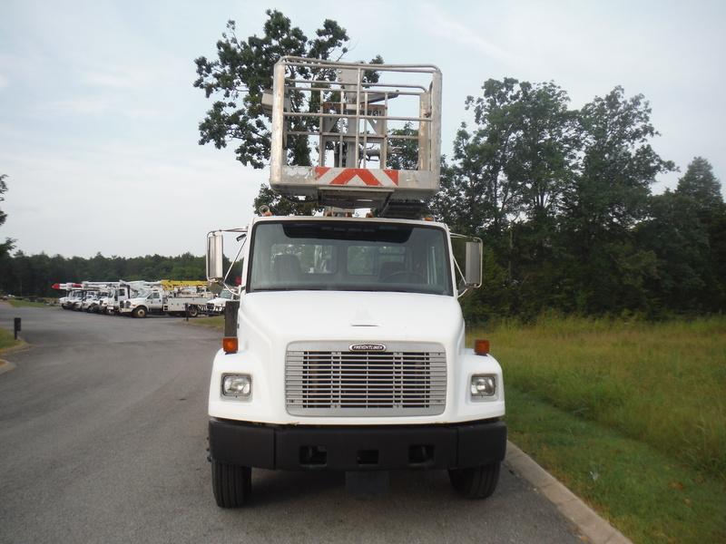 ues-bucket-truck-1415-4