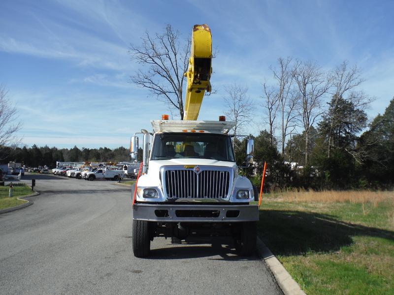ues-bucket-truck-1502-4