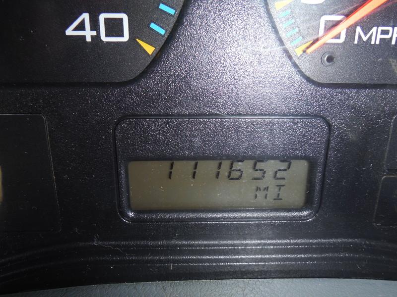 ues-bucket-truck-1502-8