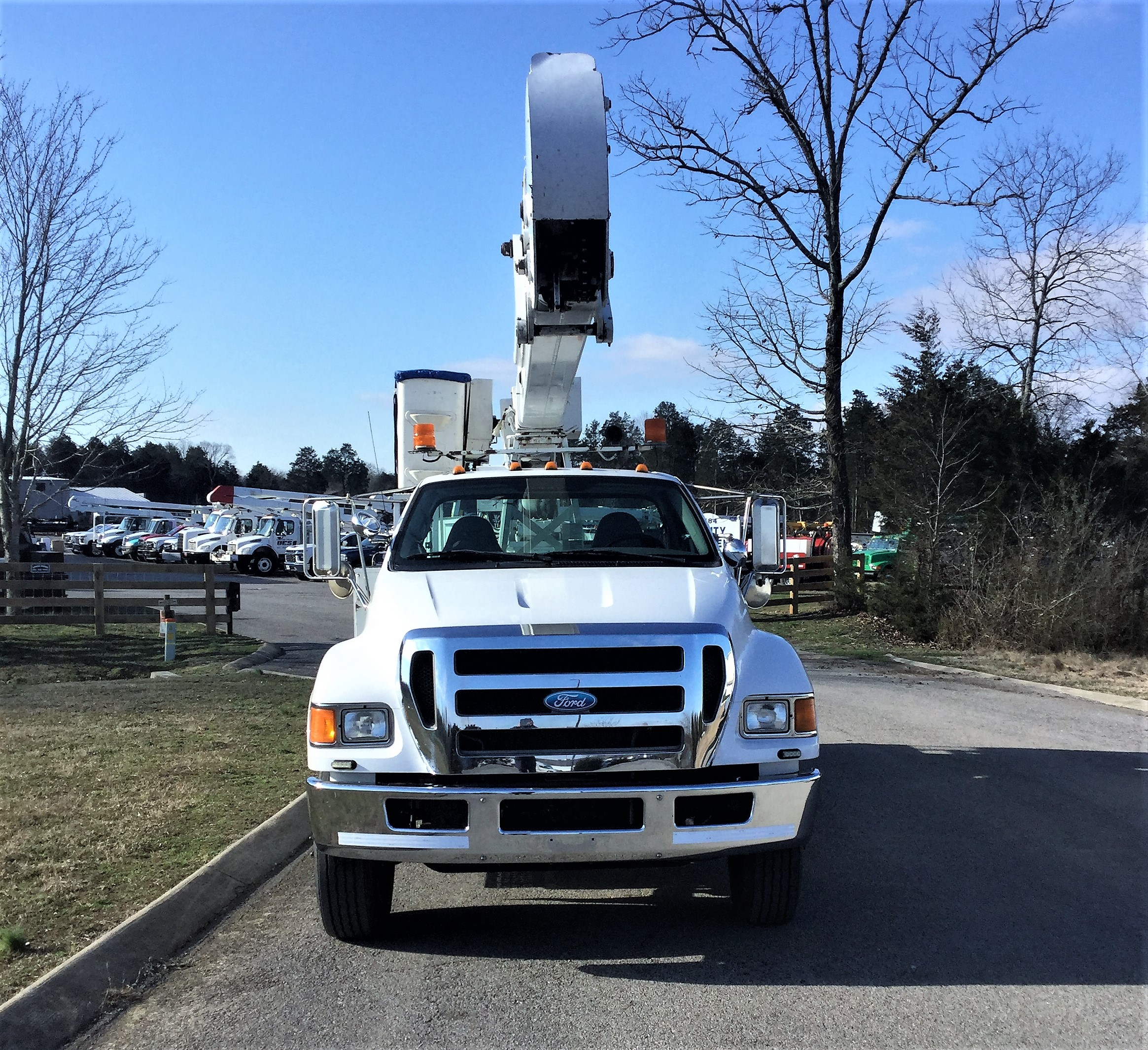 front view of large bucket truck for Sale from Utility Equipment Service in Spring Hill TN